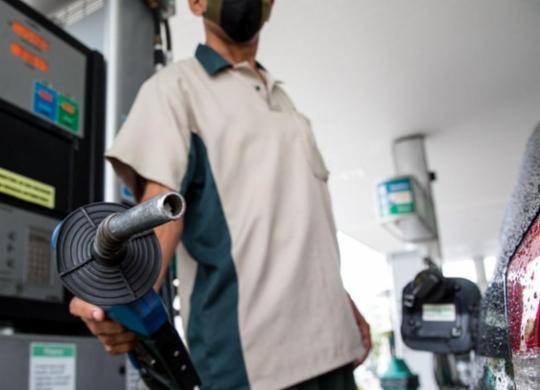 Como reduzir o preço dos combustíveis? | Agência Brasil