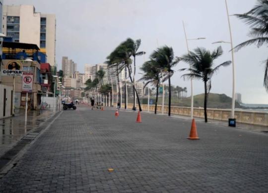 Trecho na orla da Barra seguirá interditado durante a semana | Jefferson Peixoto | Secom-PMS