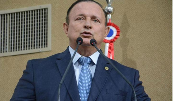 Deputado do PSD vê a oportunidade de enxugar gastos neste primeiro ano do biênio em que estará no comando da AL-BA - Foto: Divulgação   Alba