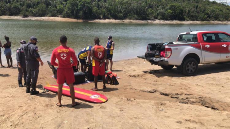 Mergulhadores realizam as buscas a partir do ponto informado do desaparecimento | Foto: Divulgação | CBMBA - Foto: Divulgação | CBMBA