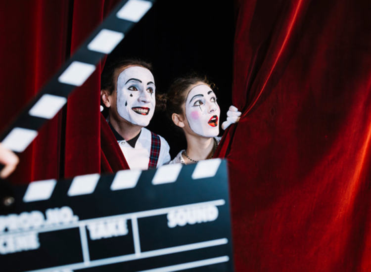 Festival selecionará apresentações de teatro, música e dança, mostras de fotografia, filmes e artesanato - Foto: Freepik
