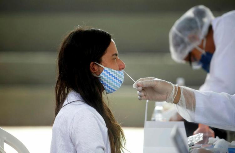 O território baiano possui 26.097 vítimas e 1.207.796 contaminações | Foto: Felipe Iruatã | Ag. A TARDE - Foto: Felipe Iruatã | Ag. A TARDE