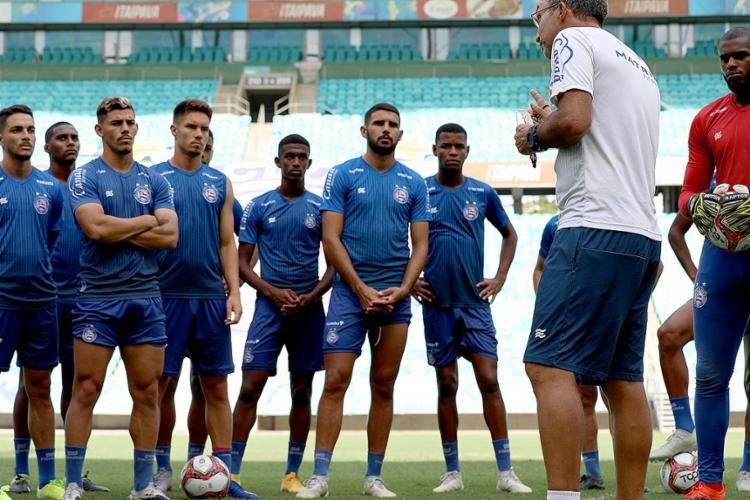 Equipe ouve orientações de Cláudio Prates | Foto: Felipe Oliveira | EC Bahia - Foto: Felipe Oliveira | EC Bahia
