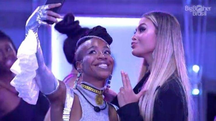 Dupla parece ter se entendido durante festa da curitibana | Foto: Reprodução | TV Globo - Foto: Reprodução | TV Globo