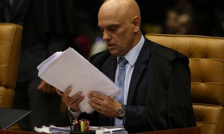 Moraes também determinou que dados e laudos sejam encaminhados ao inquérito que investiga