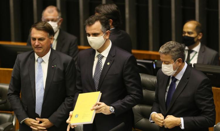 Bolsonaro apresentou as prioridades do governo para o deputado Arthur Lira e o senador Rodrigo Pacheco - Foto: Agência Brasil   Divulgação