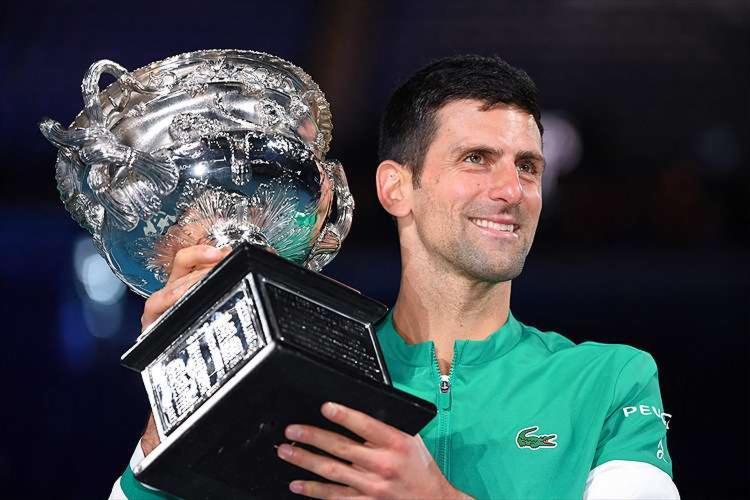 O tenista sérvio de 33 anos conquistou o seu 18º título em Grand Slam | Foto: William West | AFP - Foto: William West | AFP
