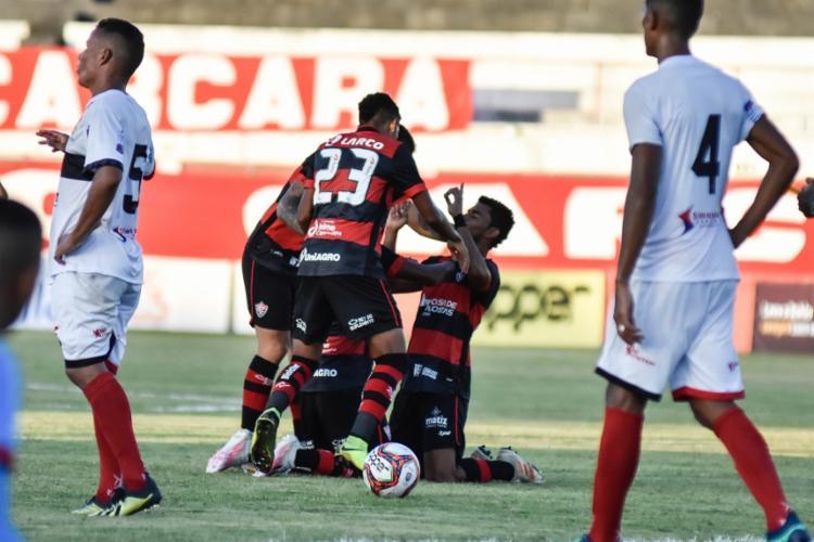Os atacante Hítalo e Soares marcaram seus primeiros gols com a camisa do Vitória na virada sobre o Carcará | Foto: Pietro Carpi | EC Vitória - Foto: Pietro Carpi | EC Vitória