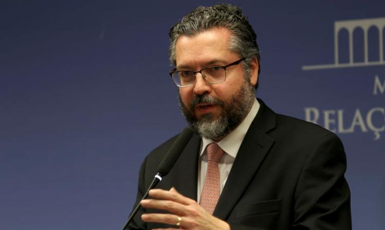 Ernesto Araújo voltou a atacar a censura nas redes sociais e as medidas de enfrentamento ao novo coronavírus - Foto: Divulgação | Agência Brasil