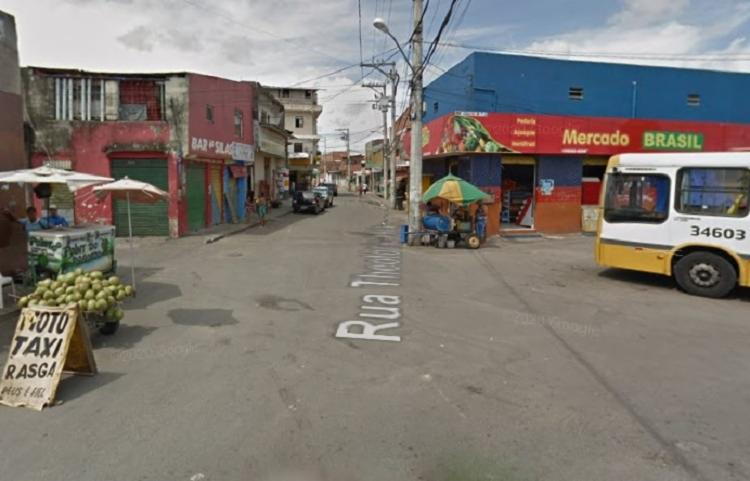 Ocorrência foi registrada na Rua Teotônio Vilela   Foto: Reprodução   Google Street View - Foto: Reprodução   Google Street View