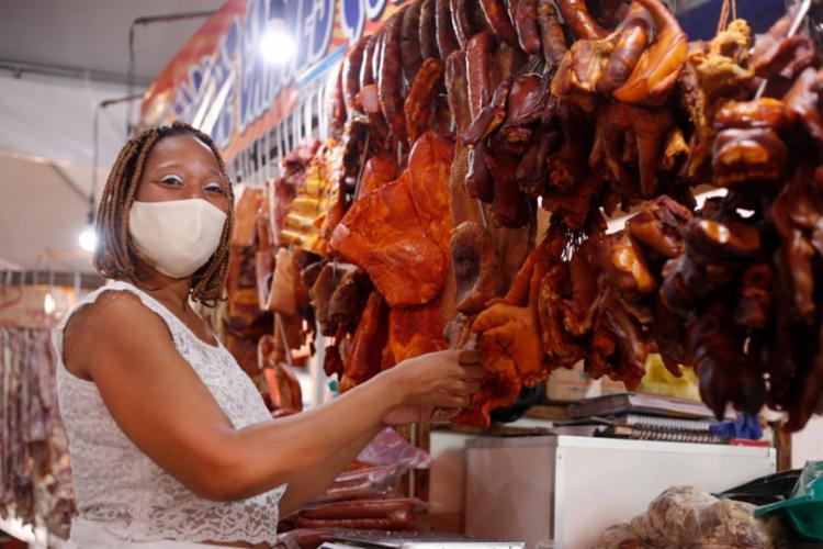 Tália de Jesus é cozinheira e herdeira do restaurante Tia Célia e Tia Lourdes | Foto: Olga Leiria | Ag. A TARDE - Foto: Olga Leiria | Ag. A TARDE