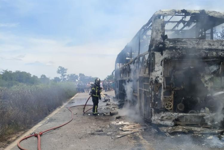 Segundo o Corpo de Bombeiros, não houve feridos