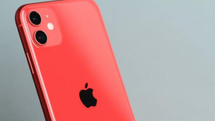 IPhone 11 já tinha sido considerado o celular mais vendido do mundo no primeiro semestre de 2020, com 37,7 milhões de aparelhos comercializados I Foto: Divulgação - Foto: Divulgação