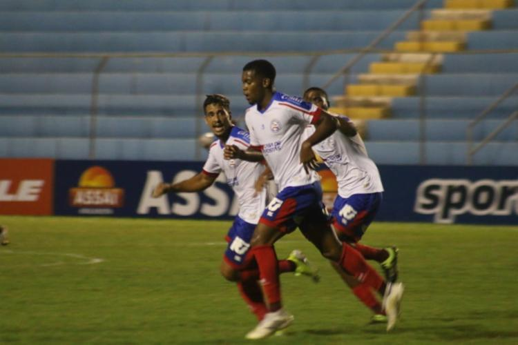 Mesmo com o time de aspirantes e na condição de visitante, o Bahia não teve muita dificuldade para vencer o Salgueiro-PE - Foto: Rafael Machaddo/ EC BAHIA