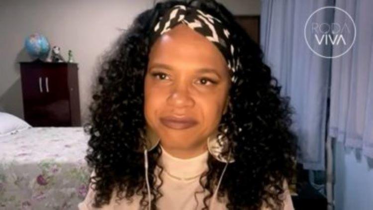 A cantora acredita que outros artistas deveriam se posicionar diante do governo de Jair Bolsonaro - Foto: Reprodução I TV Cultura