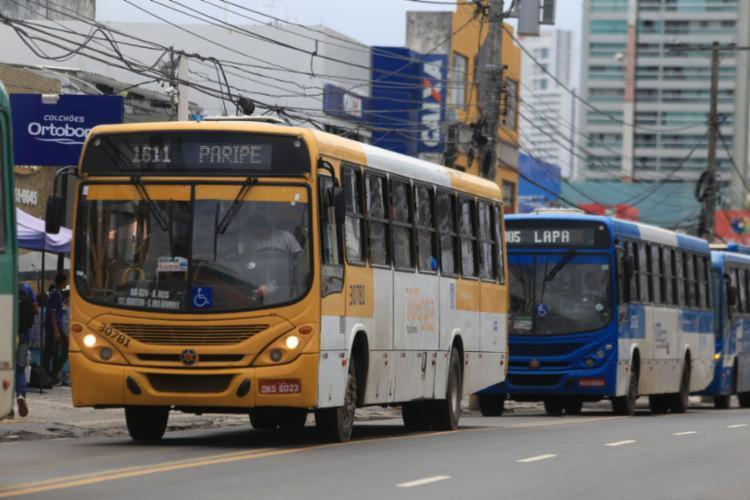 Programa Domingo É Meia garantia o direito à meia passagem (R$ 2,10), para todos os usuários do sistema de transporte público da cidade. - Foto: Joá Souza | Ag. A TARDE