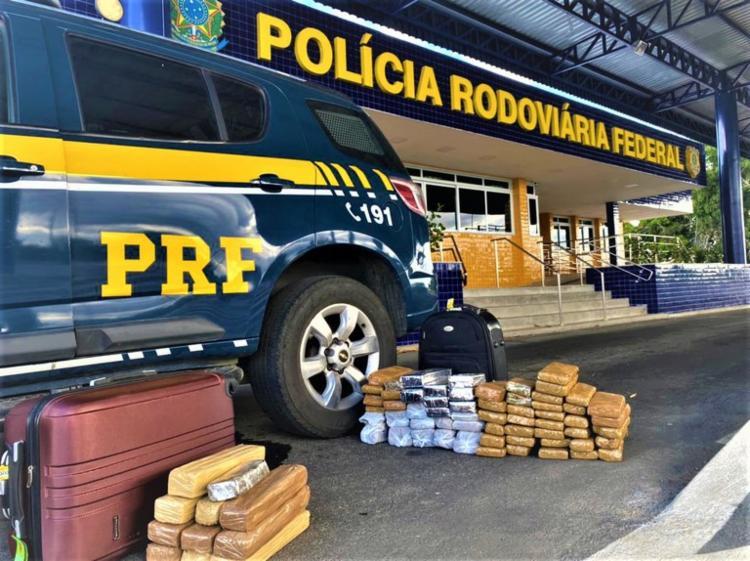 Os dois envolvidos receberam voz de flagrante delito | Foto: Divulgação | PRF - Foto: Divulgação | PRF