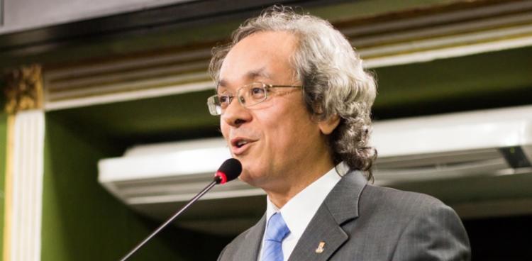 Reitor João Carlos Salles abre os trabalhos com a saudação aos pesquisadores e aos cidadãos interessados na produção de conhecimento - Foto: Divulgação