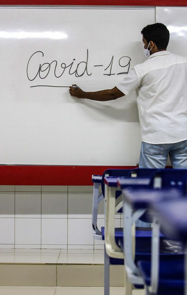 Norte (28,4%) e Nordeste (18,3%) apresentaram os maiores percentuais de crianças e adolescentes sem acesso à educação | Foto: Felipe Iruatã | Ag. A TARDE - Foto: Felipe Iruatã | Ag. A TARDE