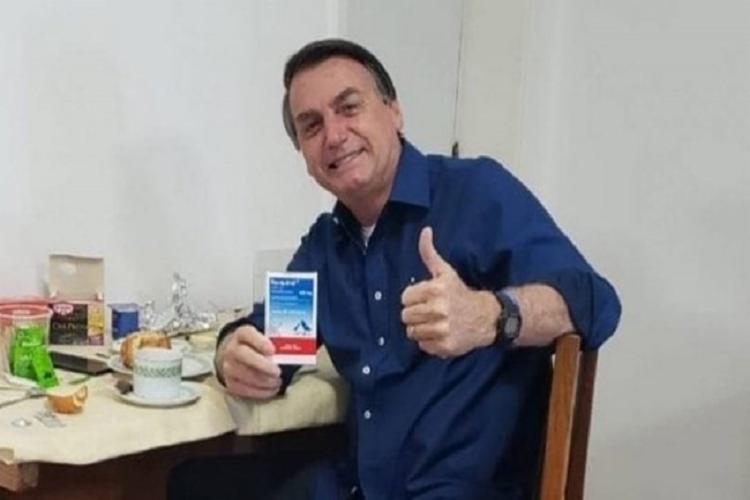 """Para Bolsonaro, o remédio """"tem tudo para revolucionar o tratamento da Covid-19"""" - Foto: Reprodução"""