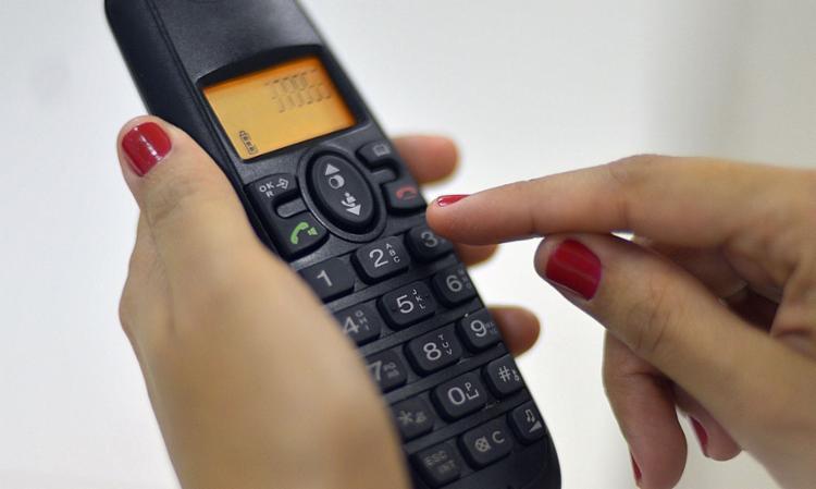 Com a pandemia, o telefone passou a ser o meio utilizado pelo IBGE e outros institutos de pesquisa para suas coletas de dados | Foto: Marcello Casal Jr. | Agência Brasil - Foto: Marcello Casal Jr. | Agência Brasil