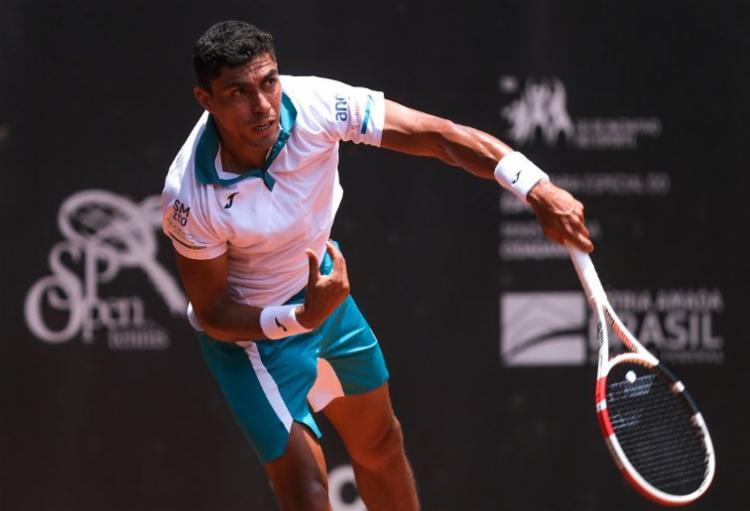 Monteiro não enfrentou break points na partida desta terça-feira, 2, em Melbourne | Foto: Arquivo | TenisBrasil - Foto: Arquivo | TenisBrasil