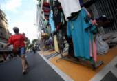 Shoppings e comércio de rua podem funcionar na segunda-feira; praias permanecem fechadas | Foto: Felipe Iruatã | Ag. A TARDE | 11.08.2020