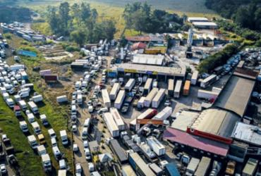 Caminhoneiros voltam ameaçar com greve após nova alta do diesel   Divulgação
