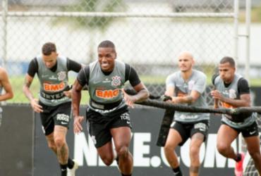 Corinthians sofre surto de covid-19 um dia antes de jogo com Palmeiras |