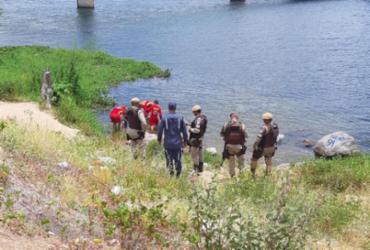 Corpo é resgatado no Rio São Francisco