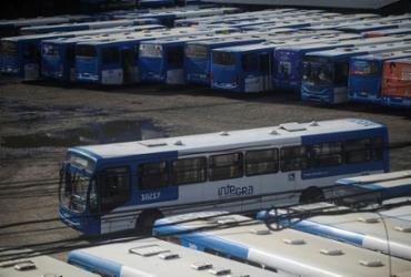 Após paralisação, ônibus da CSN voltam a circular em Salvador | Raphael Muller / AG. A TARDE