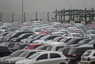 Emplacamento de automóveis e de veículos leves tem queda de 17,85% | Agência Brasil