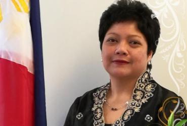 Presidente das Filipinas demite embaixadora que agrediu empregada | Reprodução