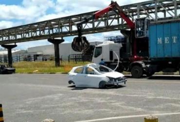 Ford inicia processo de destruição de 900 carros inacabados em fábrica de Camaçari