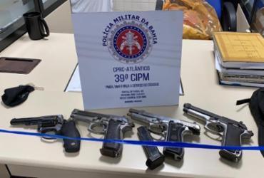 Grupo de adolescentes é detido com armas e drogas na Boca do Rio | Divulgação | SSP
