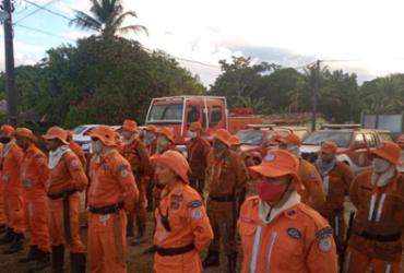 Bombeiros combatem incêndio em reserva indígena em Porto Seguro   ACS/CBMBA