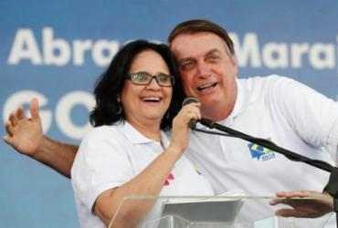 Mirando Bolsonaro, PTB negocia com Damares filiação à sigla | Alan Santos | PR