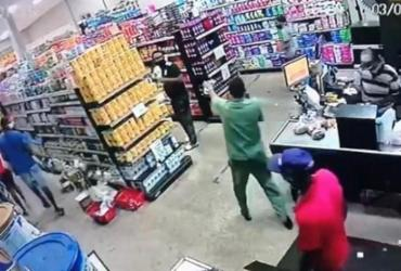 Operadora de caixa morre após ser baleada em assalto a mercado em Valéria | Reprodução