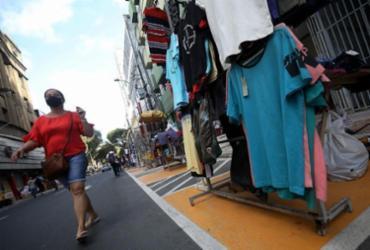 Shoppings e lojas de rua voltam a funcionar às segundas-feira | Felipe Iruatã | Ag. A TARDE | 11.08.2020