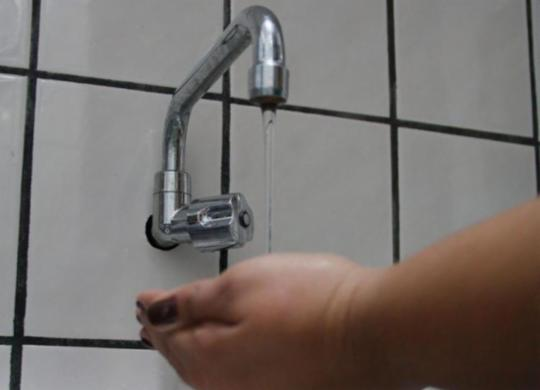 Abastecimento de água será interrompido em bairros de Salvador neste fim semana | Joá Souza I Ag. A Tarde