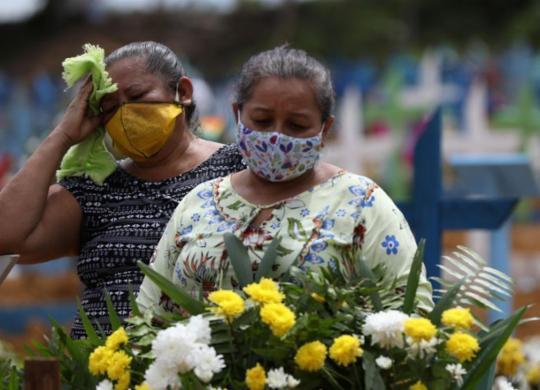 Média móvel de mortes no Brasil bate recorde pelo 12º dia consecutivo | Agência Brasil | Divulgação