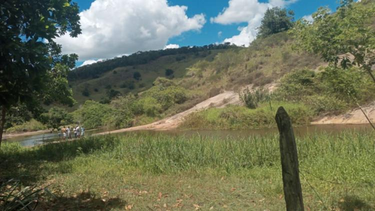 A vítima tomava banho na Cachoeira da Pancada, no Rio Ribeirão | Foto: Reprodução | Amargosa News - Foto: Reprodução | Amargosa News