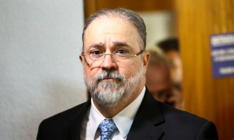 Augusto Aras disse que a preocupação do momento deve ser o combate à pandemia da covid-19 e não questões políticas - Foto: Agência Brasiç | divulgação