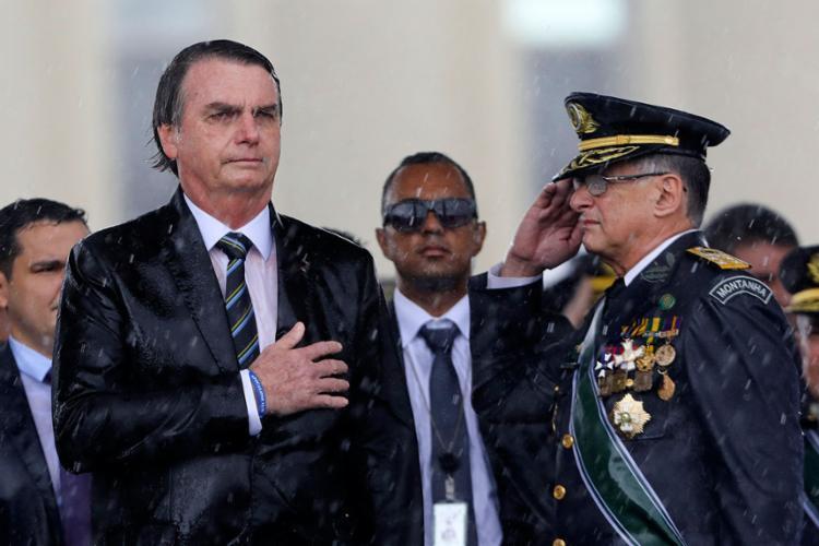 Chefes das Forças Armadas decidiram entregar cargos após demissão de ministro da Defesa   Foto: Sergio Lima   AFP - Foto: Sergio Lima   AFP