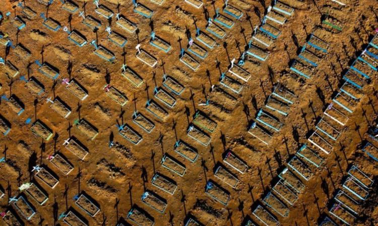 Em 24 horas, foram confirmados 14.430 novos casos e 250 mortes | Foto: Michael Dantas | AFP - Foto: Michael Dantas | AFP