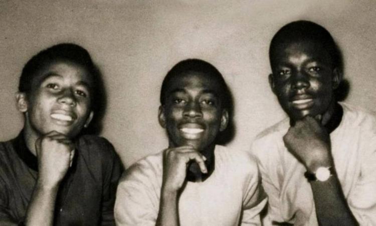 Bob Marley (à esquerda), Bunny Wailer e Peter Tosh