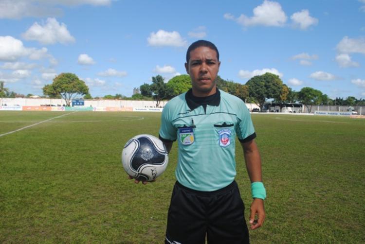 Emerson Ricardo apita Ba-Vi nesta quarta | Foto: Reprodução | Ligeirinho no Esporte - Foto: Reprodução | Ligeirinho no Esporte