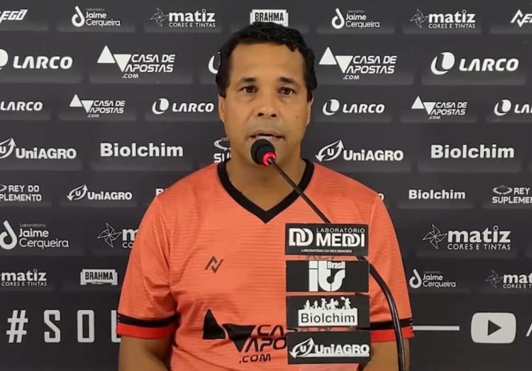 Sete dos 11 jogadores, além do próprio treinador, são formados nas divisões de base do Vitória | Foto: Reprodução | TV Vitória - Foto: Reprodução | TV Vitória