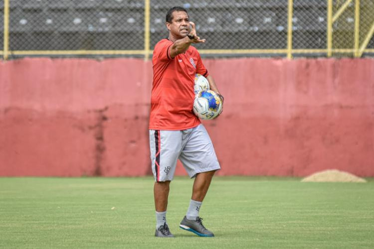 O treinador do Leão ainda deve começar com Ruan Nascimento como meia | Foto: Pietro Carpi | EC Vitória - Foto: Pietro Carpi | EC Vitória