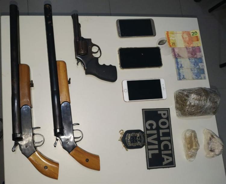 Conforme as investigações da Polícia Civil, o quarteto pretendia atacar um grupo rival. | Foto: Divulgação | Ascom PC - Foto: Divulgação | Ascom PC